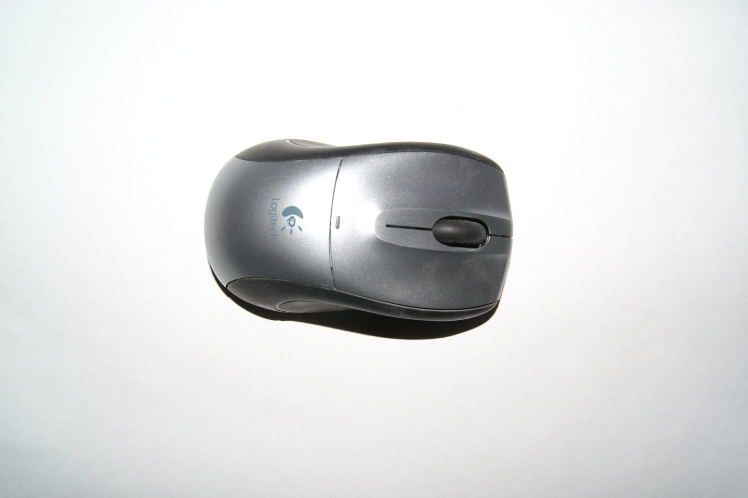 logitech M505 wireless mouse (No unifying reciever)